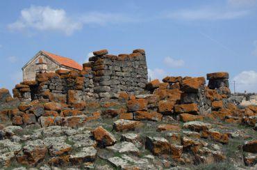 Крепость в Саро