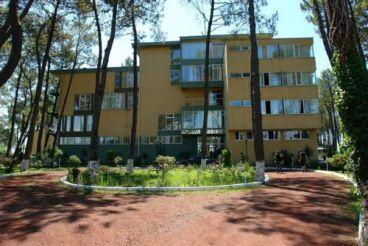 Andamati Hotel