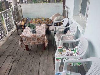 Трехместный номер с балконом